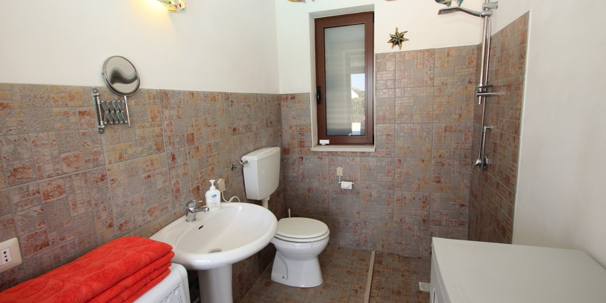 Settimo Cielo Pool Bathroom A