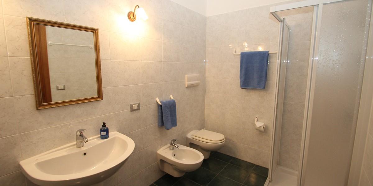 Samax NY Bathroom