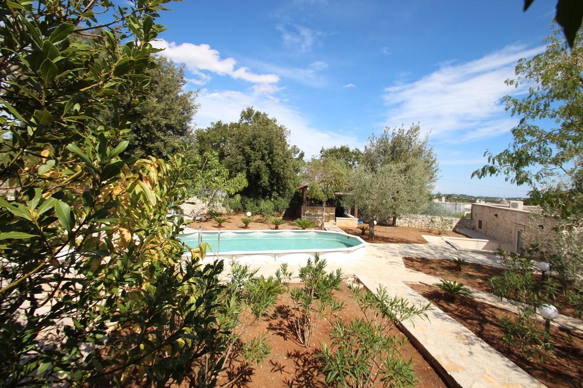 Samax Pool To Pool Bar View