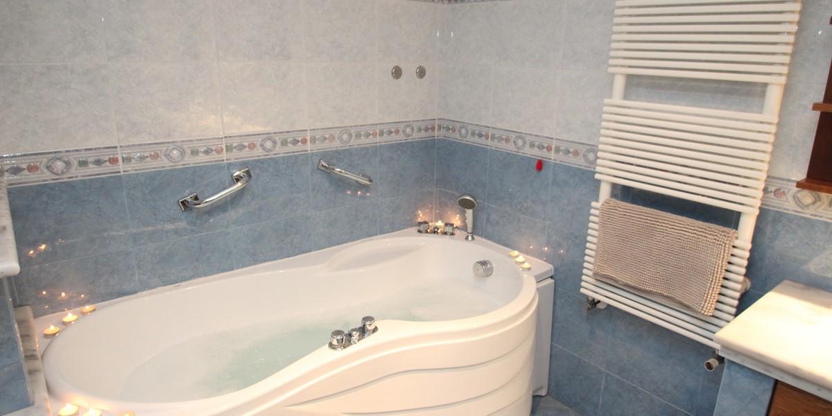 Samax Trullo Bath 1B