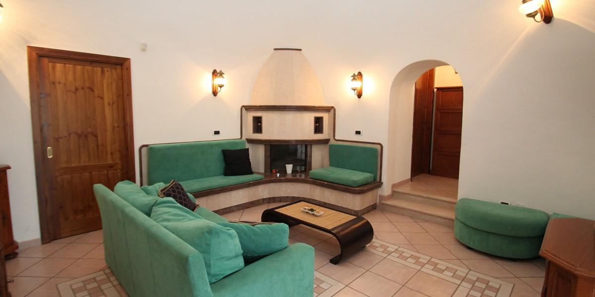 Samax Trullo Lounge B