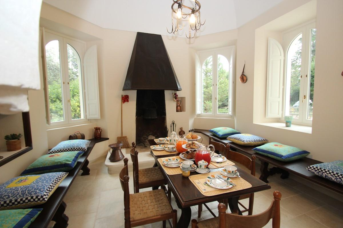 Villa Valeria Breakafast Room