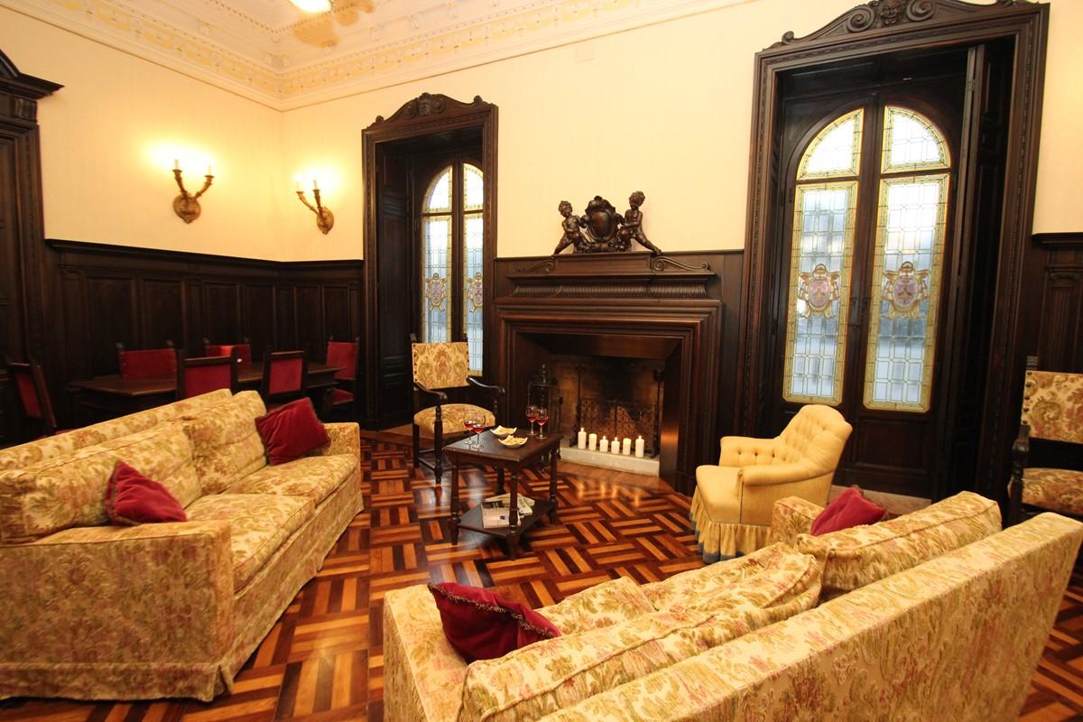 Villa Valeria Sitting Room