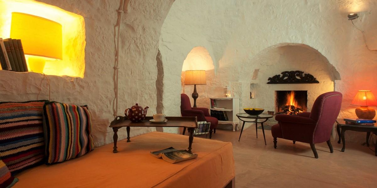 Terra Madre Lounge 1B
