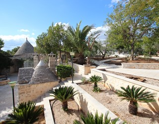 Trullo & Villa SaMax with private pool, perfect for large families
