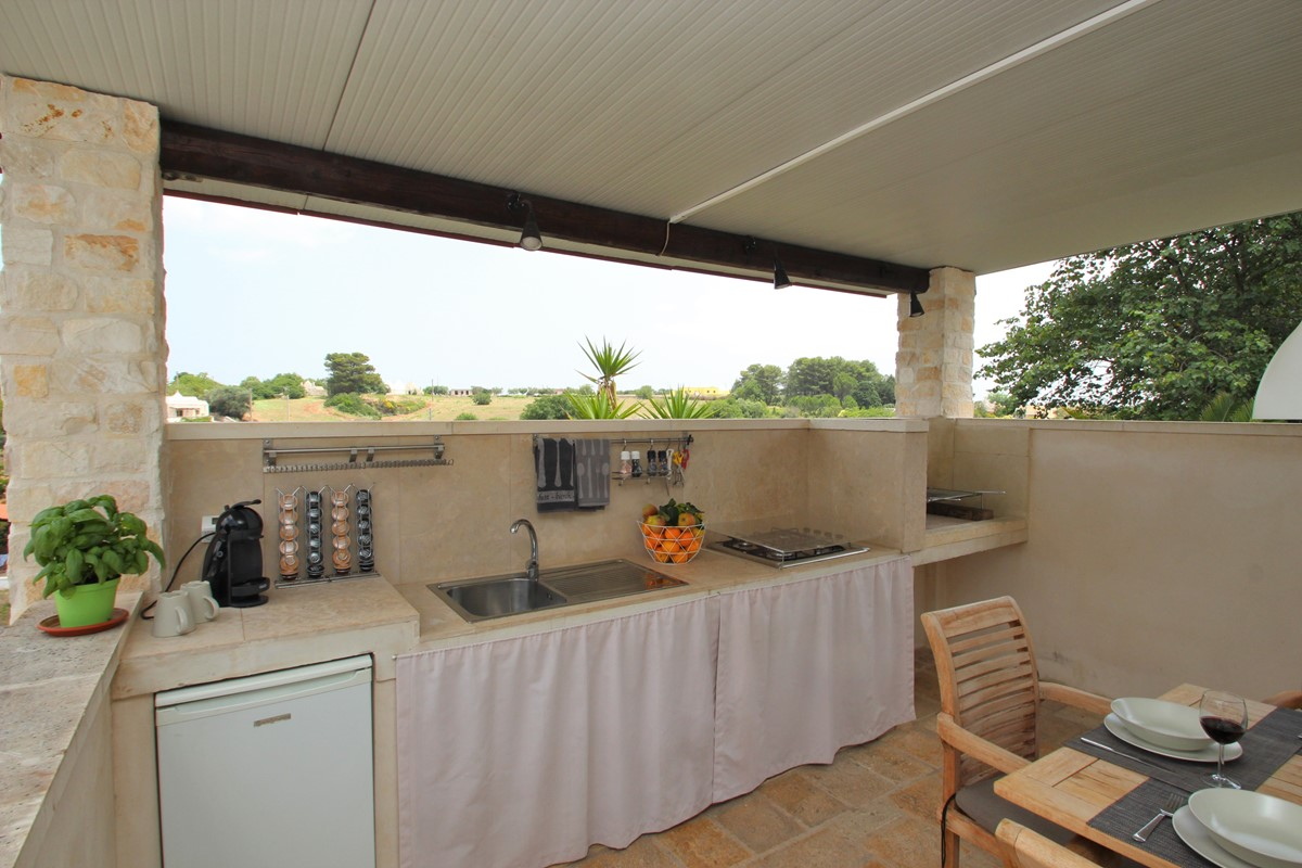 Trullo Sereno Outdoor Kitchen 2