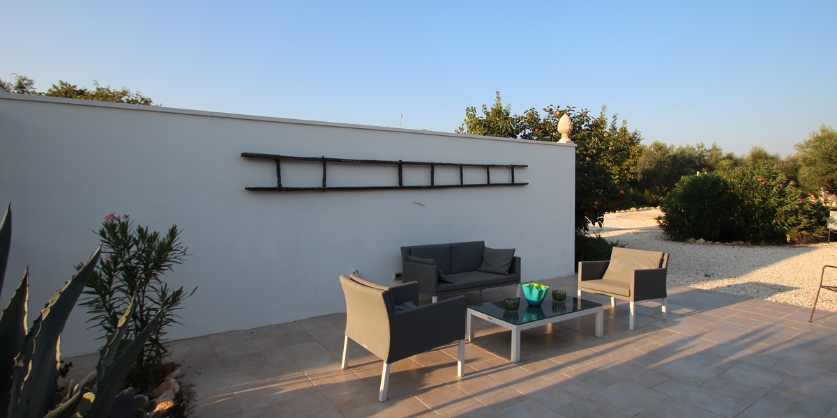 Casa Kit Outdoor Sofa