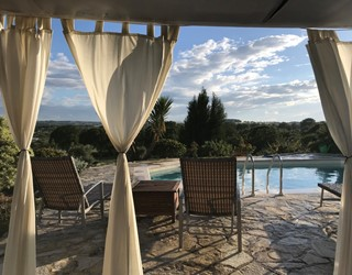 Trullo Vista with private pool & walking distance to Locorotondo