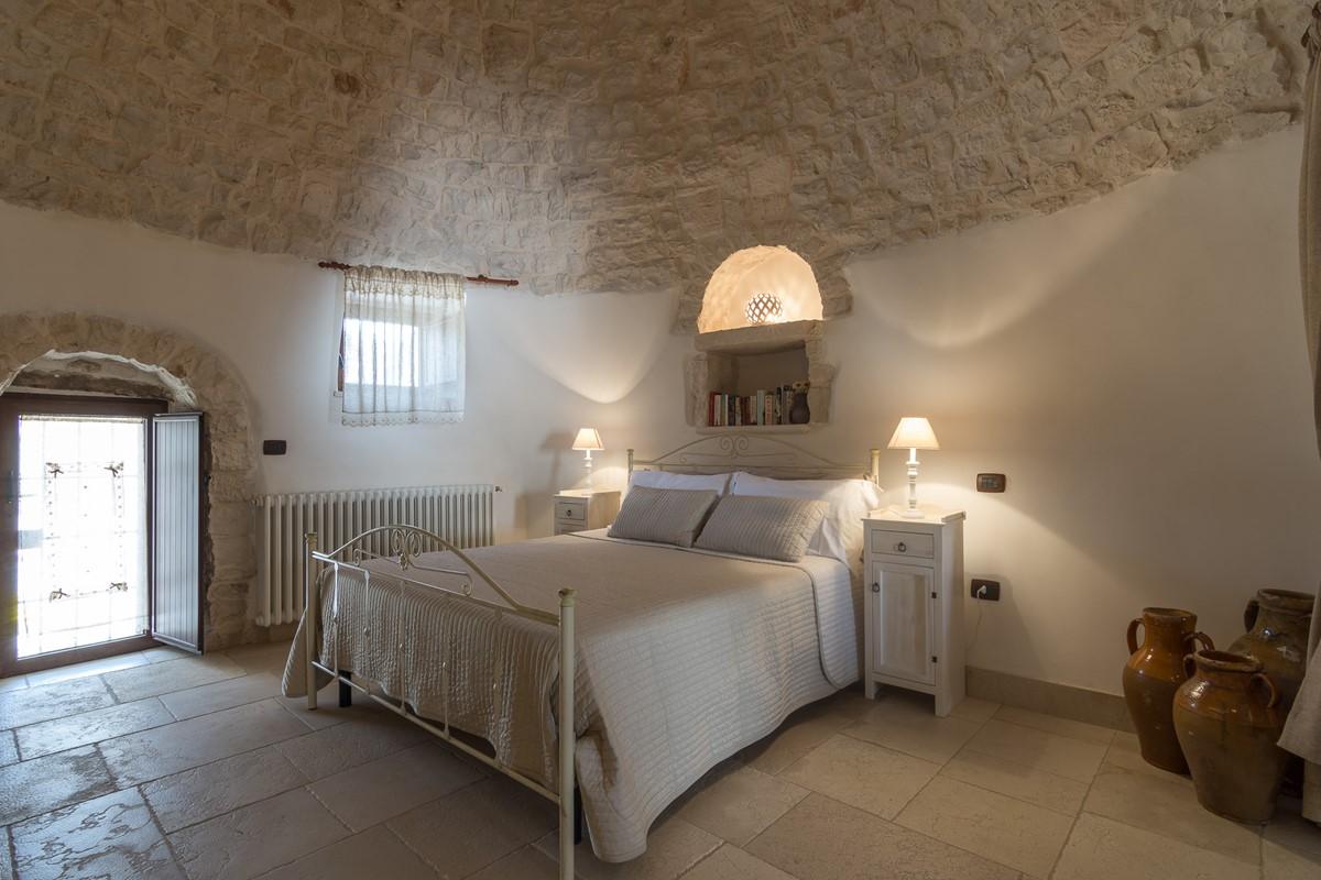 Trullo Loco Main Bedroom