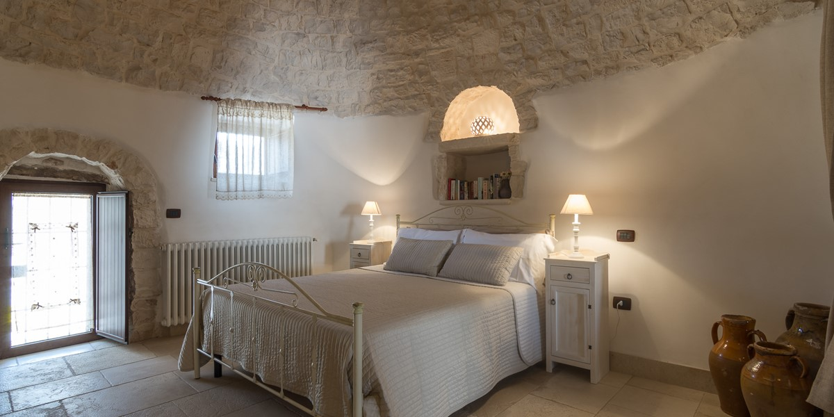 Trullo Loco Main Bedroom