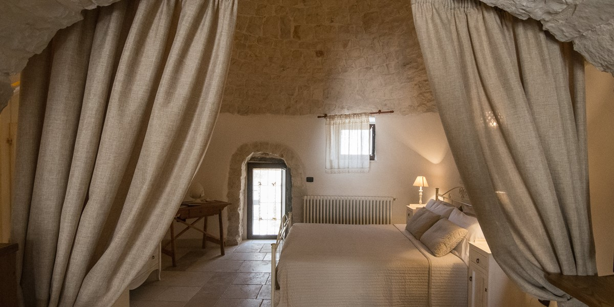 Trullo Loco Privacy For Bedroom
