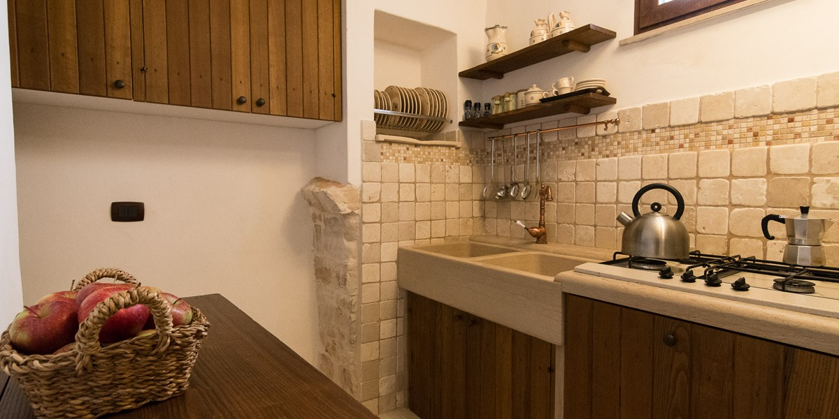 Trullo Mandorla Kitchen A