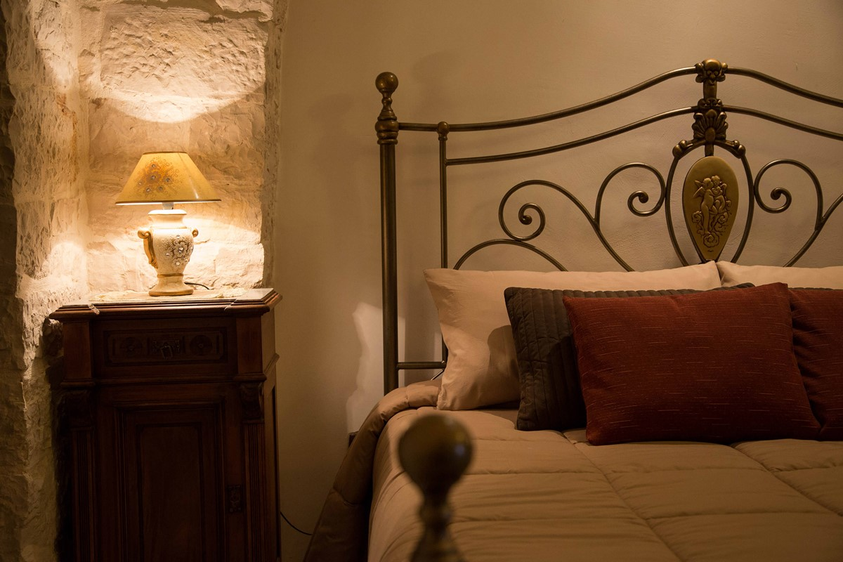 Trullo Mandorla Bedroom Shot