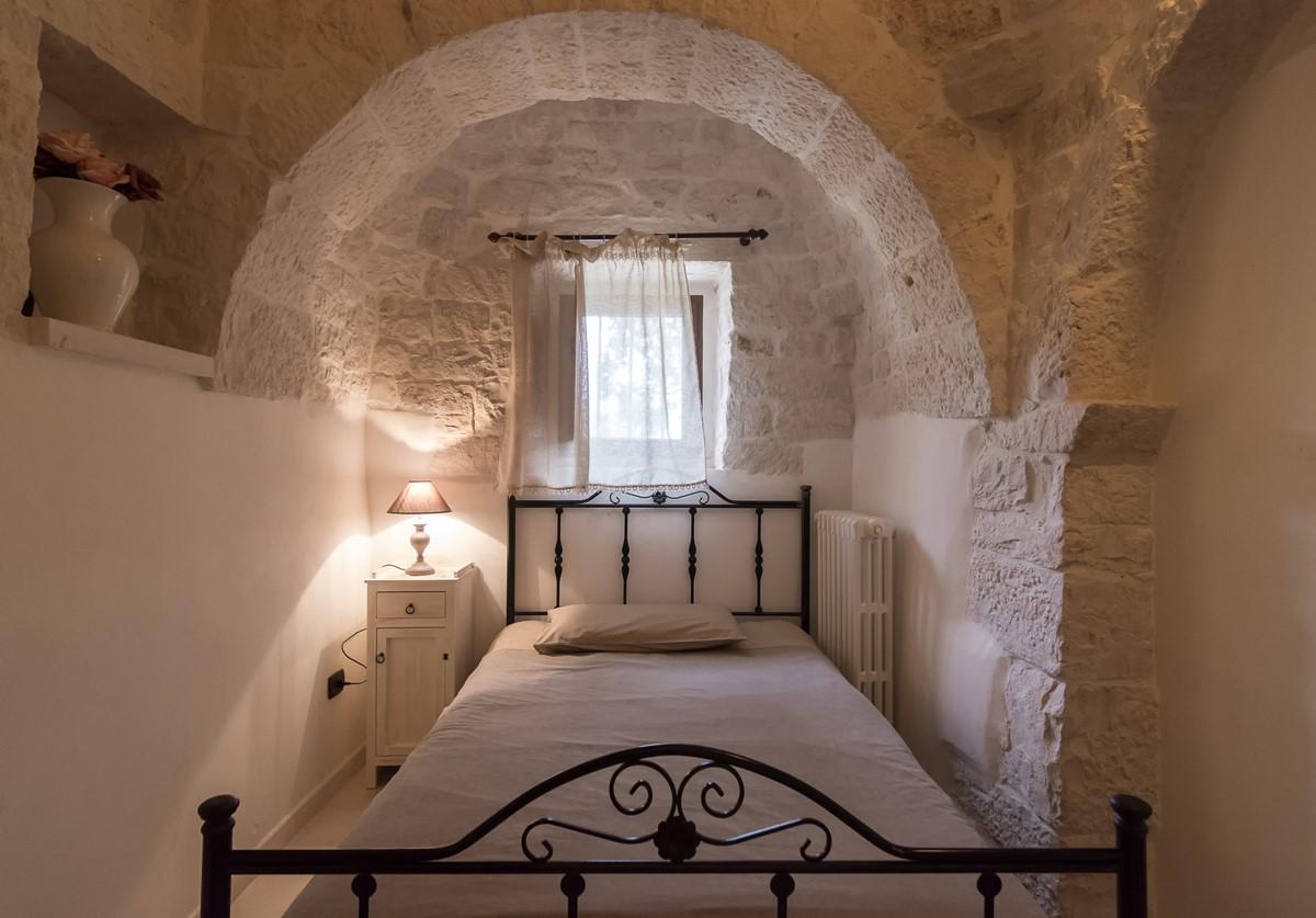 Trullo Mandorla Bedroom 3