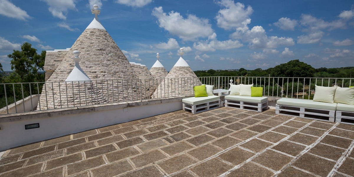 Trullo Roof Top Seating