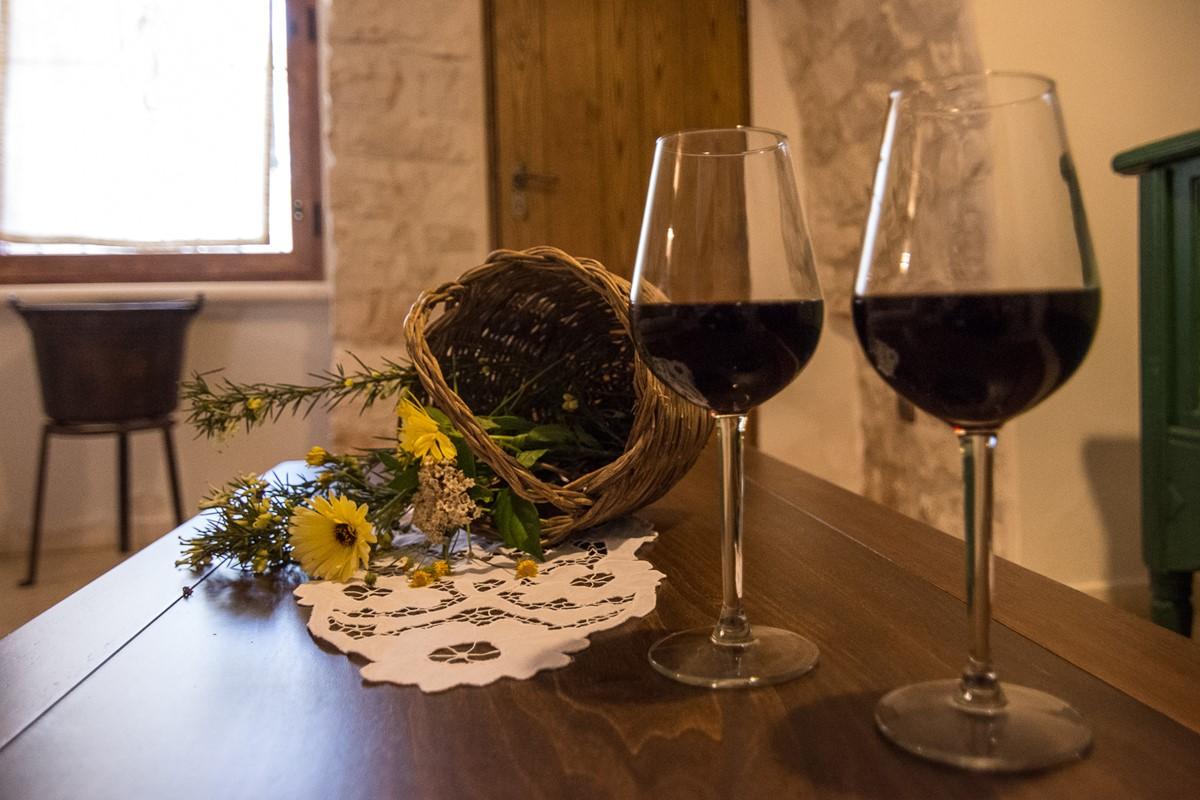 Trullo Ulive Wine