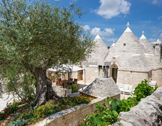 Trullo Ulive - 3 bed with shared pool