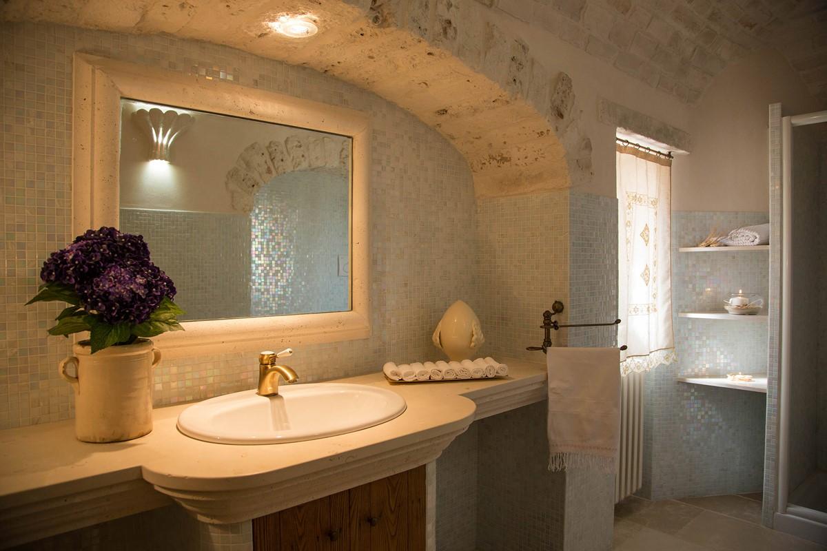Trullo Ulive Bathroom 2