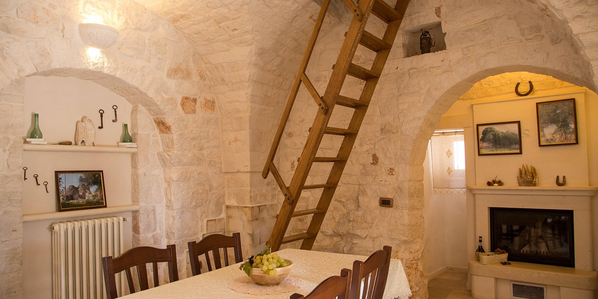 Trullo Ulive Dining 1