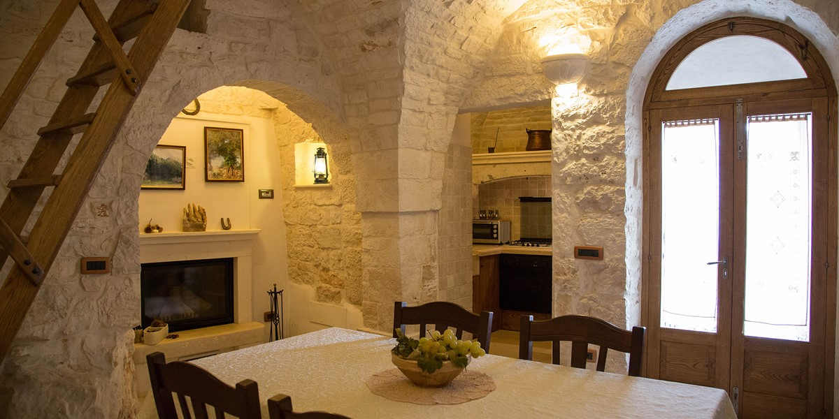 Trullo Ulive Dining 2