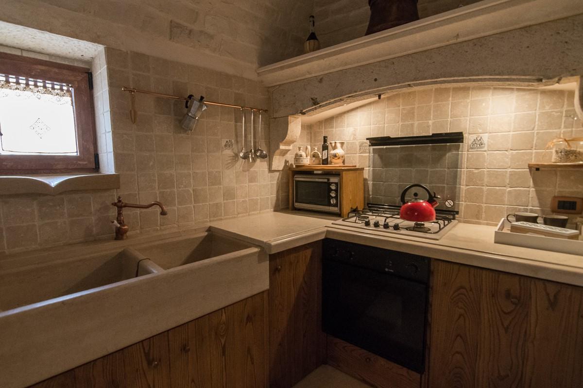 Trullo Ulive Kitchen 3