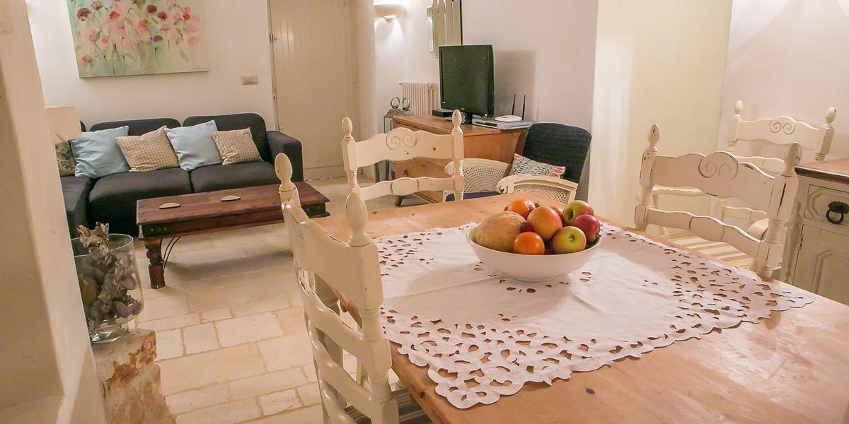 Trullo Lorca Dining Area