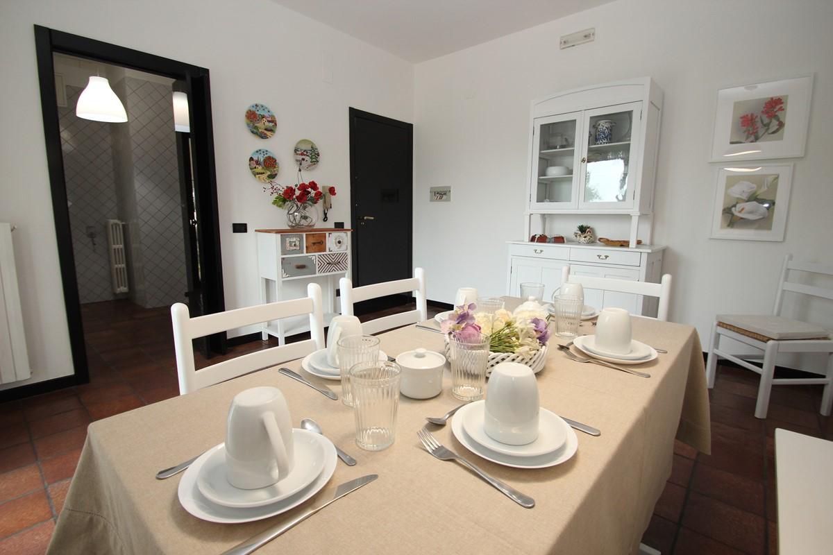Casa Claudia Apt 1 Dining B