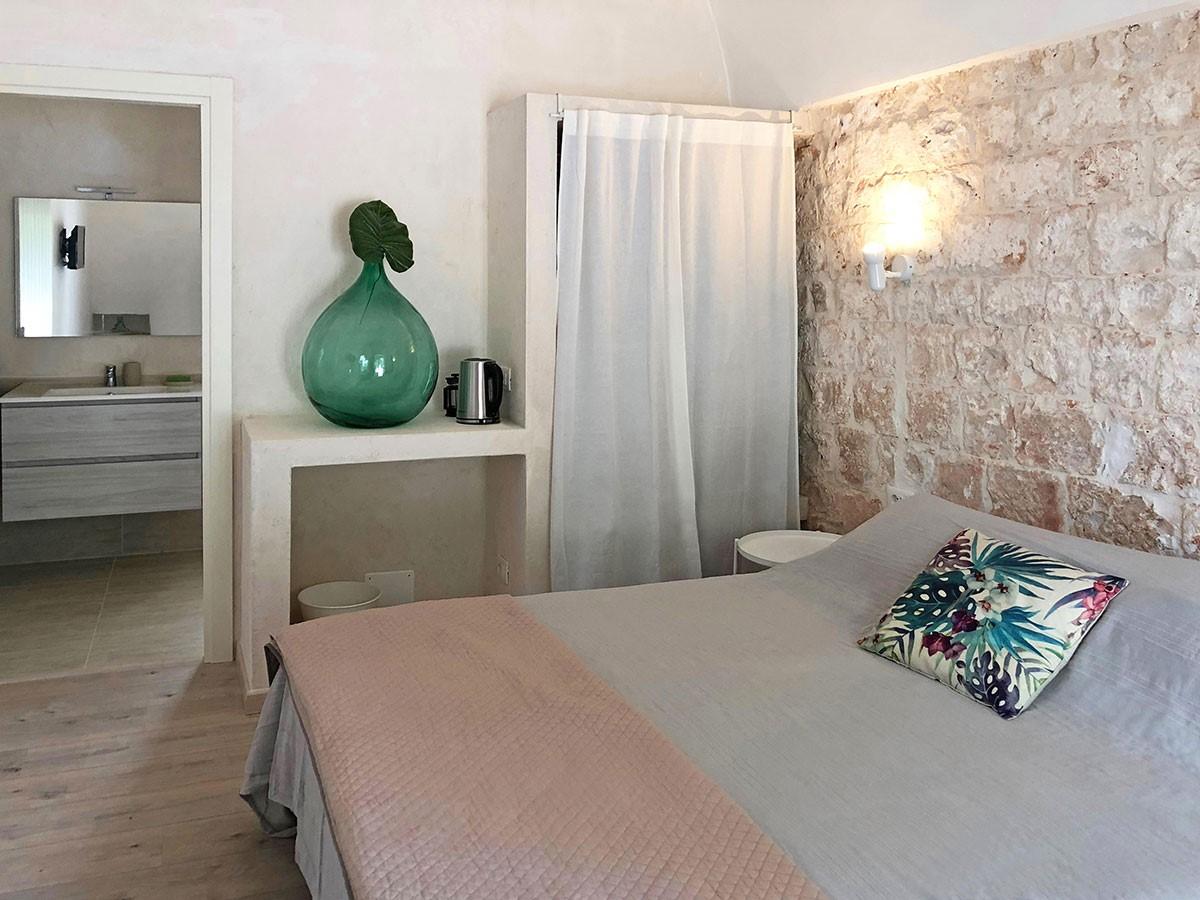 Puglia Holiday Rentals Apt Almond Bed 1