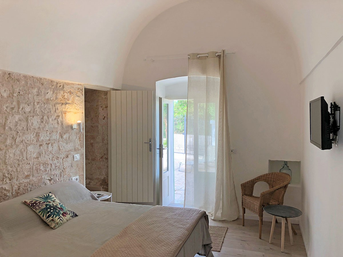 Puglia Holiday Rentals Apt Almond Bed 1A