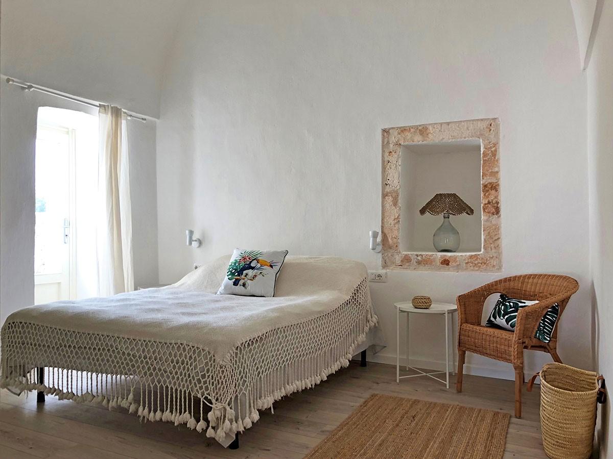 Puglia Holiday Rentals Apt Almond Bed 2