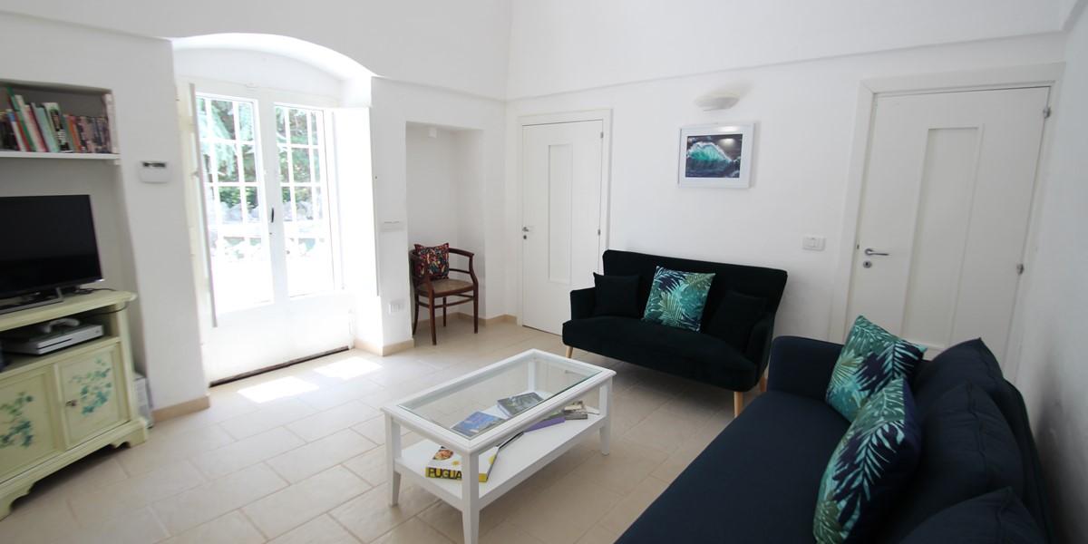 Trullo Sorellina Sitting Room