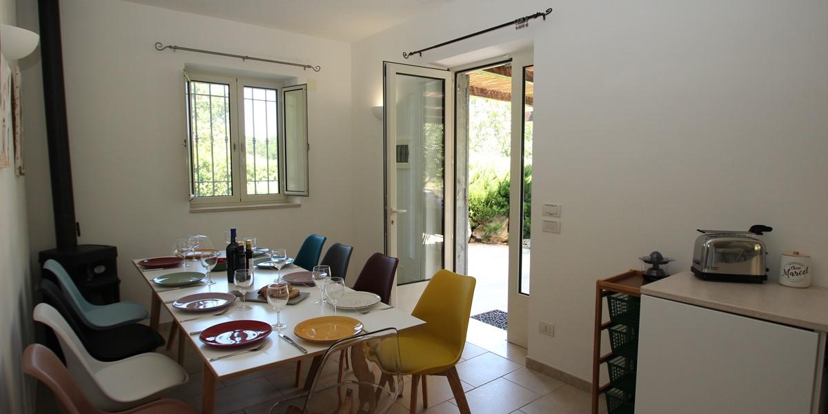 Trullo Sorellina Villa Dining 1