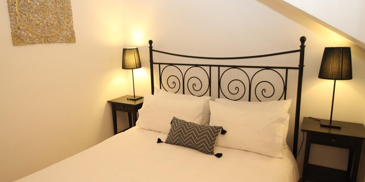 Villa Tracey Bed 4Aa