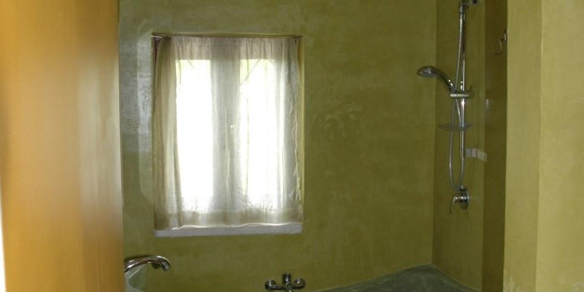 Moroccan bathroom.jpg