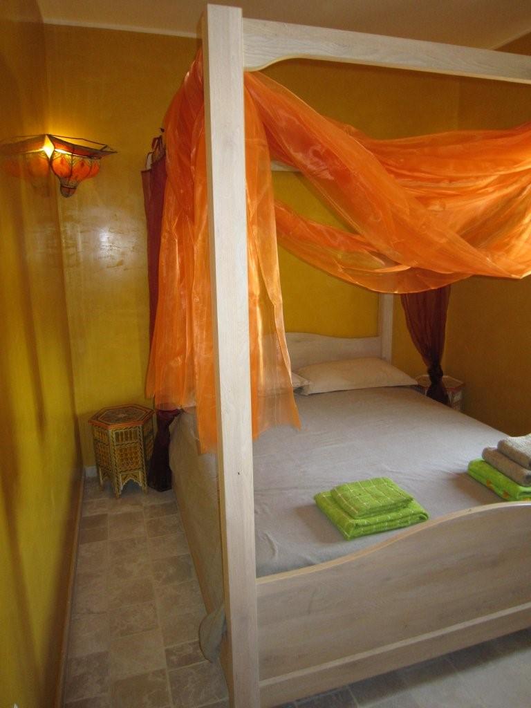 Moroccan bedroom 1.jpg