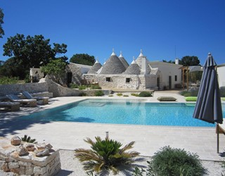 Trullo Amore - great for large groups of family & friends, 18m pool