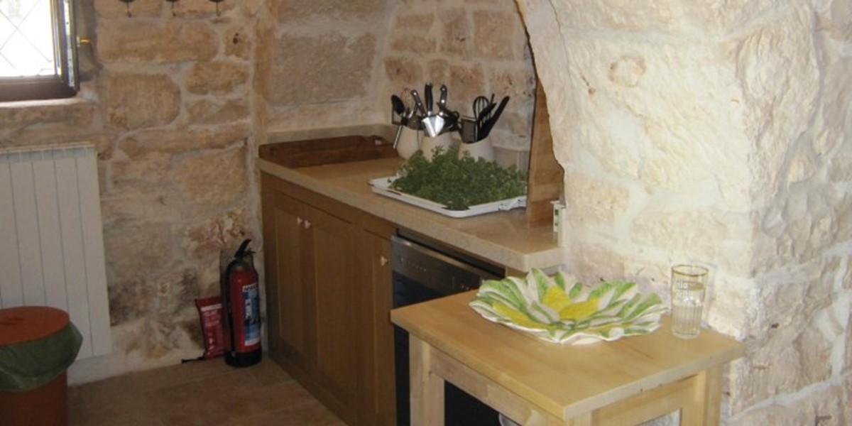 Kitchen 1c.jpg