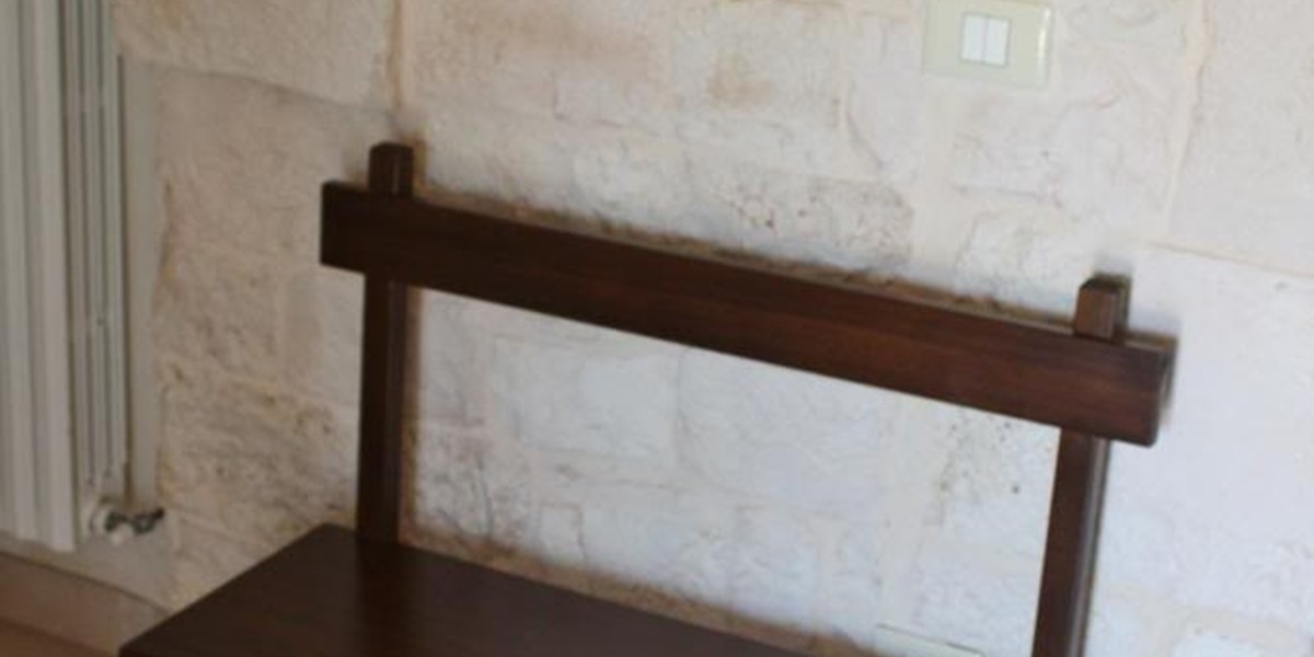 Tp Wooden Bench