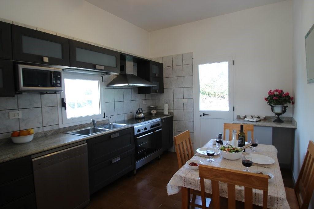 Casa Di Nonna Kitchen