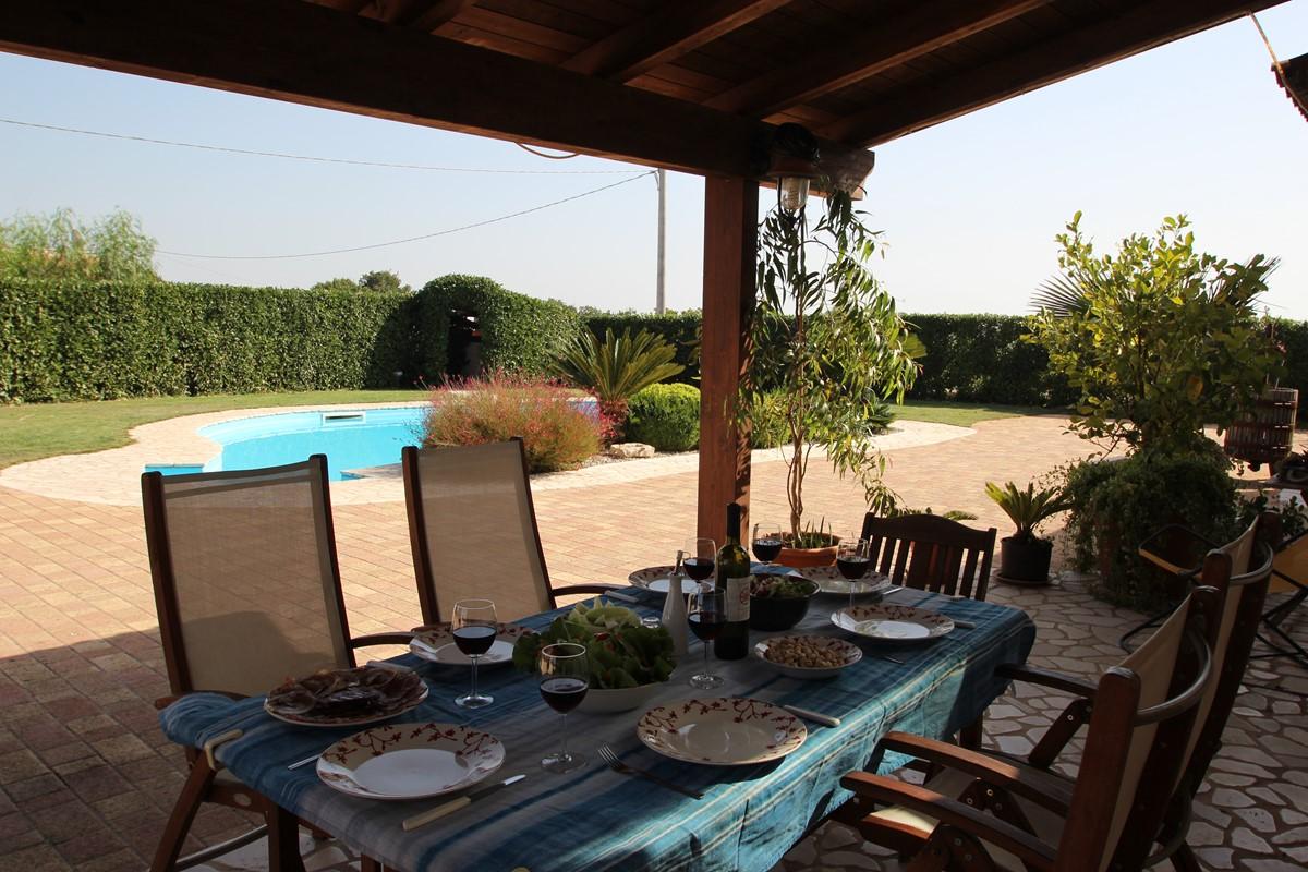 Trullo Melograno Al Fresco Dining