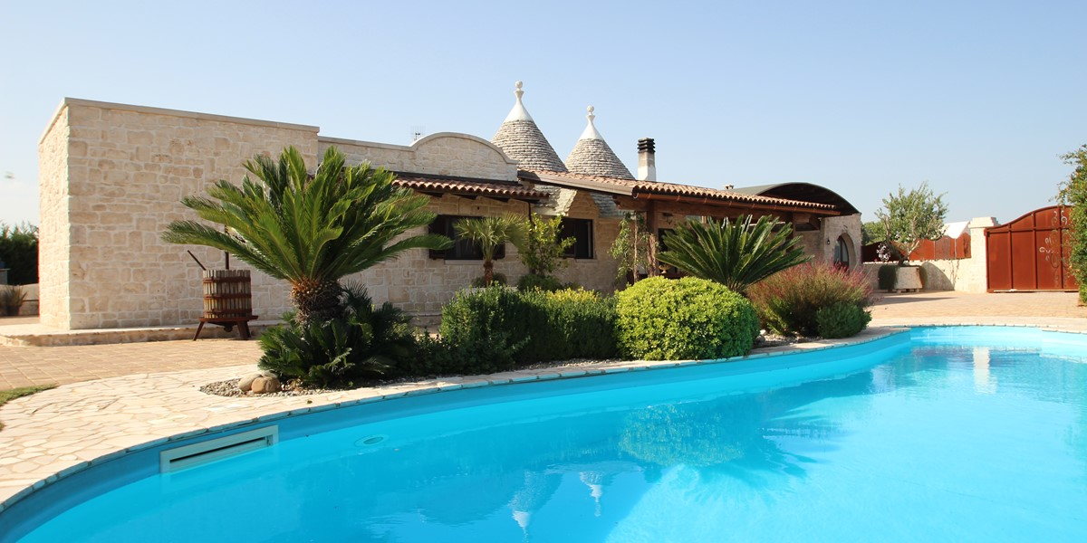 Trullo With Pool In Martina Franca Puglia