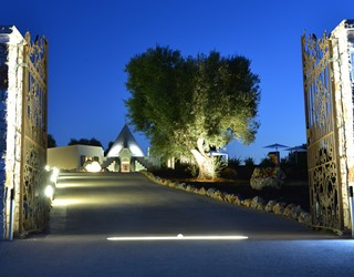 Romantic trullo with sea views