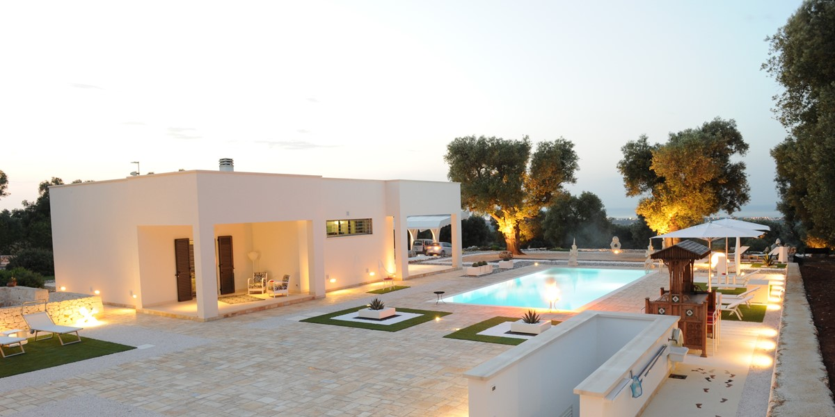 Villa Trullo Sverg At Night