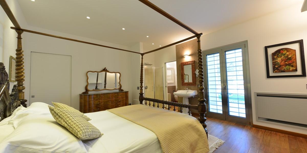 Villa Trullo Sverg Master Bedroom