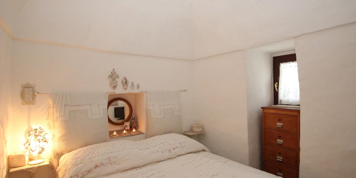 Trullo Formosa Bedroom 2 View 1