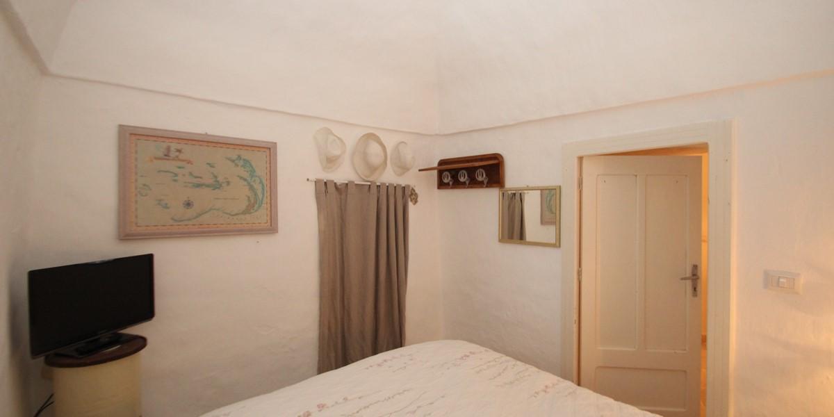 Trullo Formosa Bedroom 2 View 2