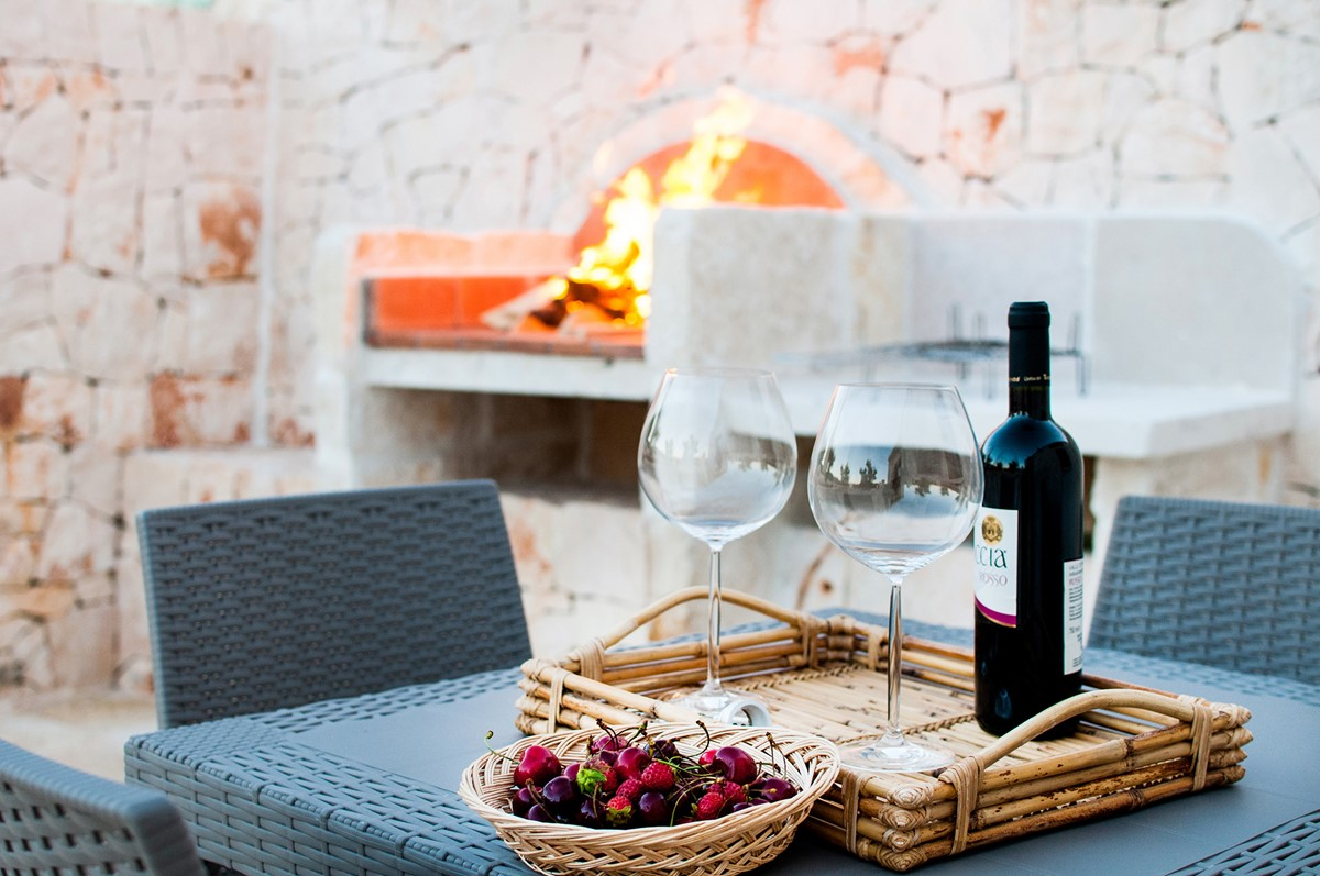 Trullo Noce A Lazy Lunch