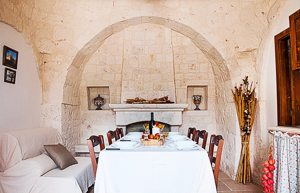 Trullo Noce Time To Eat