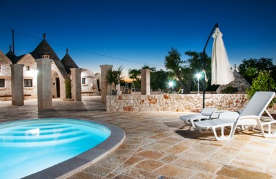 Trullo Noce Outdoor Space