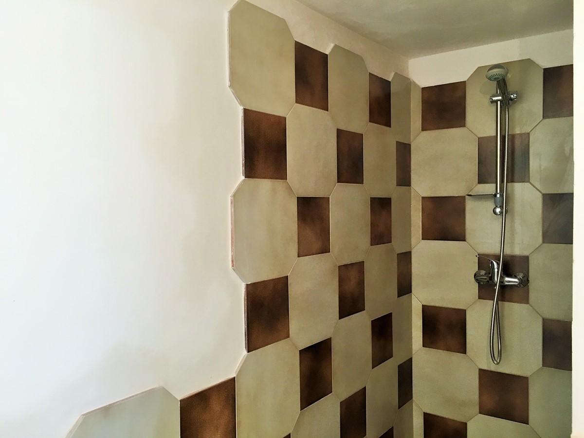 Villa Sudest Outdoor Bathroom Shower